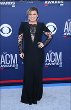Celebrity Photo: Kelly Clarkson 1950x3000   1.1 mb Viewed 4 times @BestEyeCandy.com Added 15 days ago