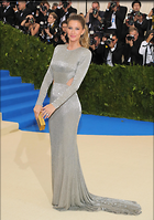 Celebrity Photo: Gisele Bundchen 2115x3000   668 kb Viewed 35 times @BestEyeCandy.com Added 54 days ago