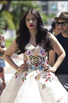 Celebrity Photo: Aishwarya Rai 1200x1800   245 kb Viewed 59 times @BestEyeCandy.com Added 90 days ago