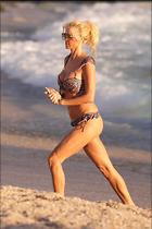 Celebrity Photo: Victoria Silvstedt 1280x1920   224 kb Viewed 44 times @BestEyeCandy.com Added 91 days ago