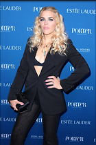 Celebrity Photo: Busy Philipps 1200x1801   291 kb Viewed 36 times @BestEyeCandy.com Added 190 days ago