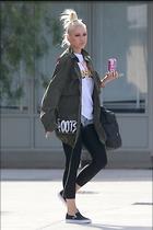 Celebrity Photo: Gwen Stefani 1200x1800   182 kb Viewed 12 times @BestEyeCandy.com Added 16 days ago