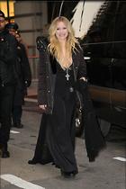 Celebrity Photo: Avril Lavigne 1200x1800   195 kb Viewed 46 times @BestEyeCandy.com Added 123 days ago