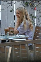 Celebrity Photo: Amanda Seyfried 24 Photos Photoset #391496 @BestEyeCandy.com Added 107 days ago