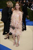 Celebrity Photo: Julianne Moore 1200x1799   266 kb Viewed 52 times @BestEyeCandy.com Added 27 days ago