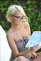 Celebrity Photo: Kristin Chenoweth 2100x3150   555 kb Viewed 48 times @BestEyeCandy.com Added 179 days ago