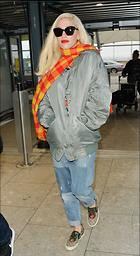 Celebrity Photo: Gwen Stefani 1200x2197   356 kb Viewed 29 times @BestEyeCandy.com Added 72 days ago