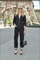 Celebrity Photo: Claudia Schiffer 1200x1800   257 kb Viewed 49 times @BestEyeCandy.com Added 76 days ago