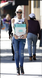 Celebrity Photo: Gwen Stefani 1265x2370   497 kb Viewed 33 times @BestEyeCandy.com Added 73 days ago