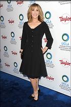 Celebrity Photo: Felicity Huffman 1200x1800   281 kb Viewed 53 times @BestEyeCandy.com Added 119 days ago