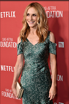 Celebrity Photo: Holly Hunter 1200x1800   373 kb Viewed 8 times @BestEyeCandy.com Added 14 days ago