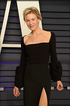 Celebrity Photo: Renee Zellweger 1470x2209   107 kb Viewed 39 times @BestEyeCandy.com Added 75 days ago