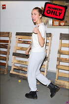 Celebrity Photo: Miley Cyrus 1599x2400   2.5 mb Viewed 0 times @BestEyeCandy.com Added 41 hours ago
