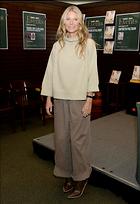 Celebrity Photo: Gwyneth Paltrow 28 Photos Photoset #440319 @BestEyeCandy.com Added 94 days ago
