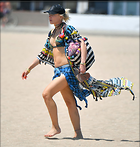 Celebrity Photo: Gwen Stefani 1000x1053   116 kb Viewed 29 times @BestEyeCandy.com Added 48 days ago