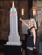 Celebrity Photo: Gwen Stefani 12 Photos Photoset #388735 @BestEyeCandy.com Added 171 days ago