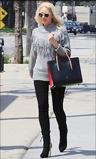 Celebrity Photo: Gwen Stefani 1200x1977   336 kb Viewed 26 times @BestEyeCandy.com Added 72 days ago