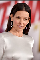 Celebrity Photo: Evangeline Lilly 1200x1803   247 kb Viewed 32 times @BestEyeCandy.com Added 14 days ago
