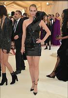 Celebrity Photo: Amber Valletta 1200x1717   274 kb Viewed 61 times @BestEyeCandy.com Added 75 days ago