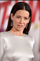 Celebrity Photo: Evangeline Lilly 1200x1803   252 kb Viewed 24 times @BestEyeCandy.com Added 14 days ago