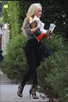 Celebrity Photo: Holly Madison 1200x1800   217 kb Viewed 45 times @BestEyeCandy.com Added 62 days ago