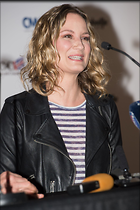 Celebrity Photo: Jennifer Nettles 8 Photos Photoset #359885 @BestEyeCandy.com Added 585 days ago