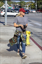 Celebrity Photo: Gwen Stefani 1200x1800   334 kb Viewed 8 times @BestEyeCandy.com Added 54 days ago