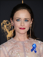 Celebrity Photo: Alexis Bledel 1200x1591   195 kb Viewed 35 times @BestEyeCandy.com Added 40 days ago