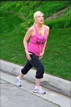 Celebrity Photo: Tori Spelling 2100x3150   992 kb Viewed 25 times @BestEyeCandy.com Added 37 days ago