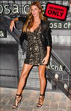 Celebrity Photo: Gisele Bundchen 2400x3745   1.7 mb Viewed 1 time @BestEyeCandy.com Added 25 days ago
