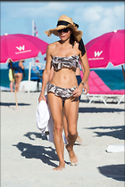 Celebrity Photo: Bethenny Frankel 1200x1803   197 kb Viewed 60 times @BestEyeCandy.com Added 220 days ago