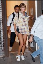 Celebrity Photo: Taylor Swift 2000x3000   1.2 mb Viewed 41 times @BestEyeCandy.com Added 35 days ago