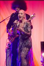 Celebrity Photo: Gwen Stefani 1280x1920   325 kb Viewed 23 times @BestEyeCandy.com Added 73 days ago