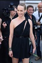 Celebrity Photo: Amber Valletta 1200x1800   200 kb Viewed 17 times @BestEyeCandy.com Added 17 days ago