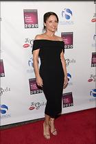 Celebrity Photo: Julia Louis Dreyfus 800x1199   87 kb Viewed 155 times @BestEyeCandy.com Added 167 days ago