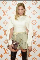 Celebrity Photo: Sienna Miller 800x1201   106 kb Viewed 16 times @BestEyeCandy.com Added 45 days ago