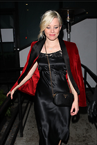 Celebrity Photo: Elizabeth Banks 5 Photos Photoset #393488 @BestEyeCandy.com Added 220 days ago