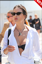 Celebrity Photo: Alessandra Ambrosio 1280x1920   183 kb Viewed 8 times @BestEyeCandy.com Added 2 days ago