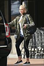 Celebrity Photo: Gwen Stefani 1000x1501   200 kb Viewed 6 times @BestEyeCandy.com Added 16 days ago