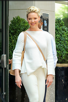 Celebrity Photo: Katherine Heigl 1200x1800   260 kb Viewed 93 times @BestEyeCandy.com Added 310 days ago
