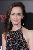 Celebrity Photo: Alexis Bledel 2041x3051   1,118 kb Viewed 28 times @BestEyeCandy.com Added 66 days ago