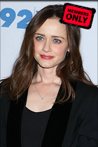 Celebrity Photo: Alexis Bledel 3332x5000   2.2 mb Viewed 0 times @BestEyeCandy.com Added 11 days ago