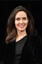 Celebrity Photo: Angelina Jolie 2000x3000   878 kb Viewed 69 times @BestEyeCandy.com Added 179 days ago