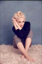 Celebrity Photo: Gwen Stefani 2002x3000   1.2 mb Viewed 60 times @BestEyeCandy.com Added 76 days ago