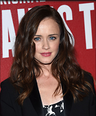 Celebrity Photo: Alexis Bledel 1200x1448   239 kb Viewed 62 times @BestEyeCandy.com Added 68 days ago