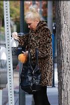 Celebrity Photo: Gwen Stefani 1200x1800   281 kb Viewed 16 times @BestEyeCandy.com Added 27 days ago