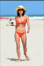 Celebrity Photo: Bethenny Frankel 2400x3600   555 kb Viewed 84 times @BestEyeCandy.com Added 299 days ago