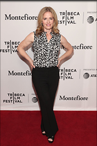 Celebrity Photo: Elisabeth Shue 1200x1800   228 kb Viewed 30 times @BestEyeCandy.com Added 16 days ago