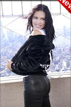 Celebrity Photo: Adriana Lima 1280x1920   294 kb Viewed 11 times @BestEyeCandy.com Added 5 days ago