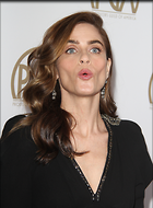 Celebrity Photo: Amanda Peet 23 Photos Photoset #354569 @BestEyeCandy.com Added 387 days ago
